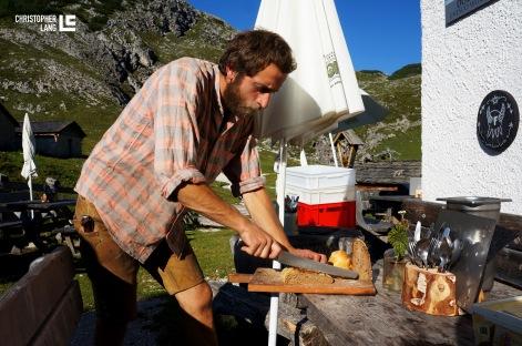 Fojedöra Alm in Südtirol Simon Wöckl Brot