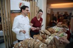 Brotmarkt in Linz Kremstaler Hofbäckerei Brotkultur